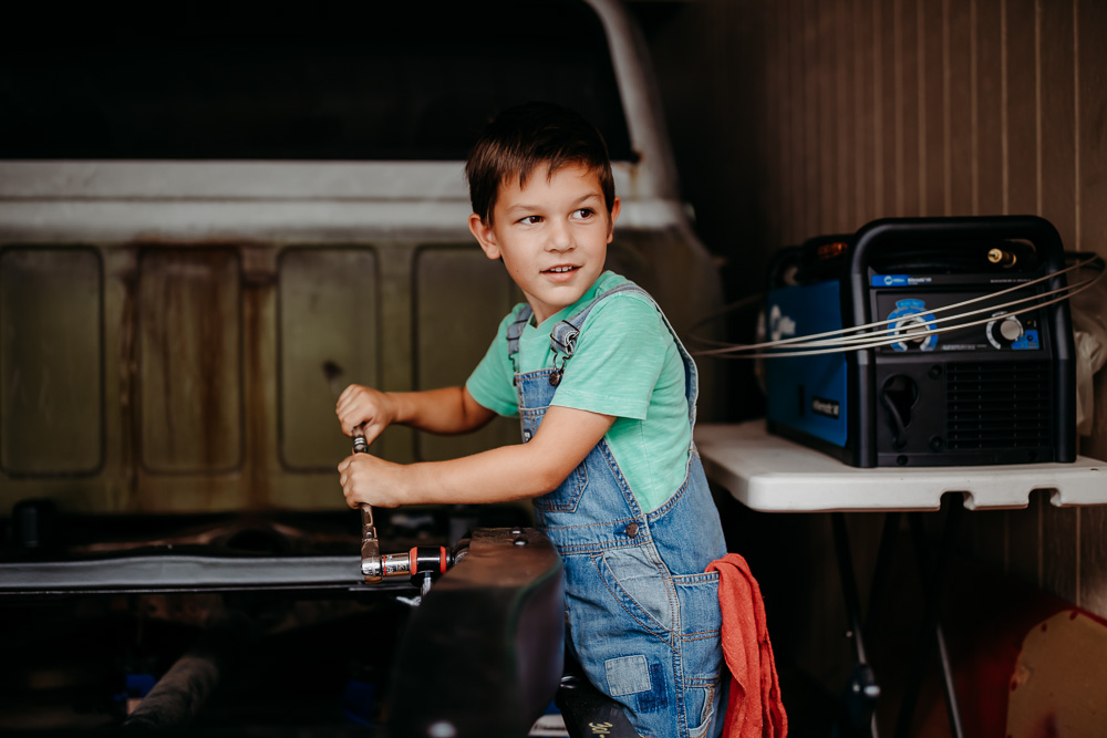 Truck-Deconstruction-Ketino-Photography-Oahu-Children-and-Family-Photographer-4